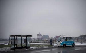 En av de självkörande bussarna på Busslinje 56 på Lindholmen i Göteborg.