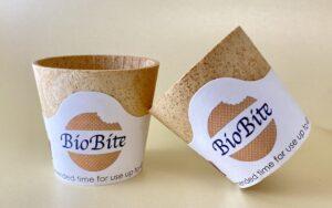 Biobite kaffekoppar gjorda på rån - helt komposterbara och ätbara.